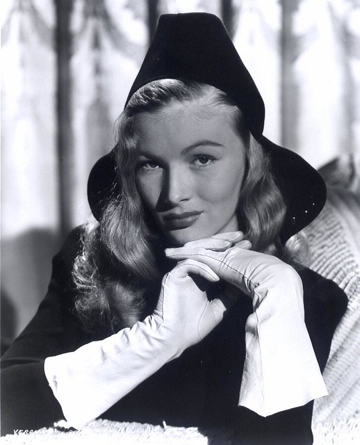 Who is Veronica Lake (actress)?Elaine Detlie