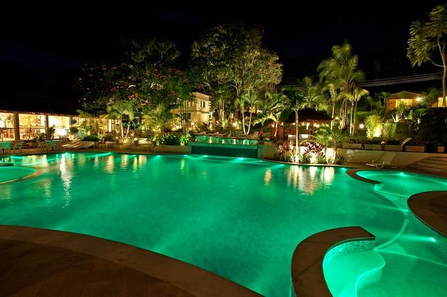 Iluminação para Piscinas e Jardins  Flickr  Photo Sharing!
