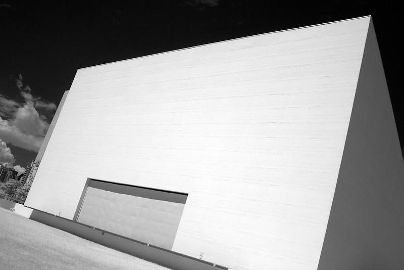 Ibirapuera Auditorium IR