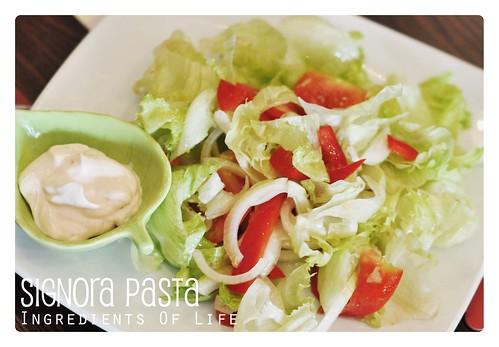 salad signora pasta