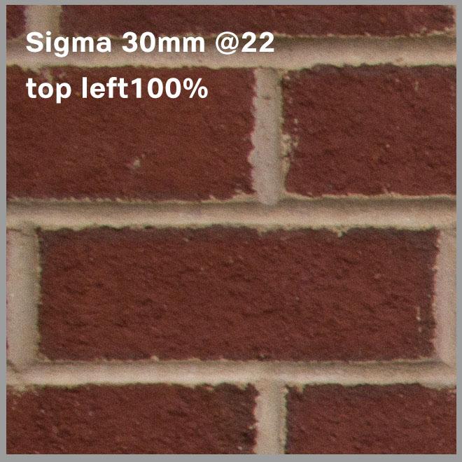 Sigma_30mm22_onNex7topleft100