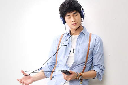 Kim Soo Hyun KeyEast Official Photo Collection 20110717_skt_04