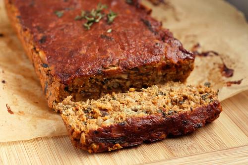 "Gluten-free + Vegan Lentil ""Meat"" Loaf - Tasty Yummies"