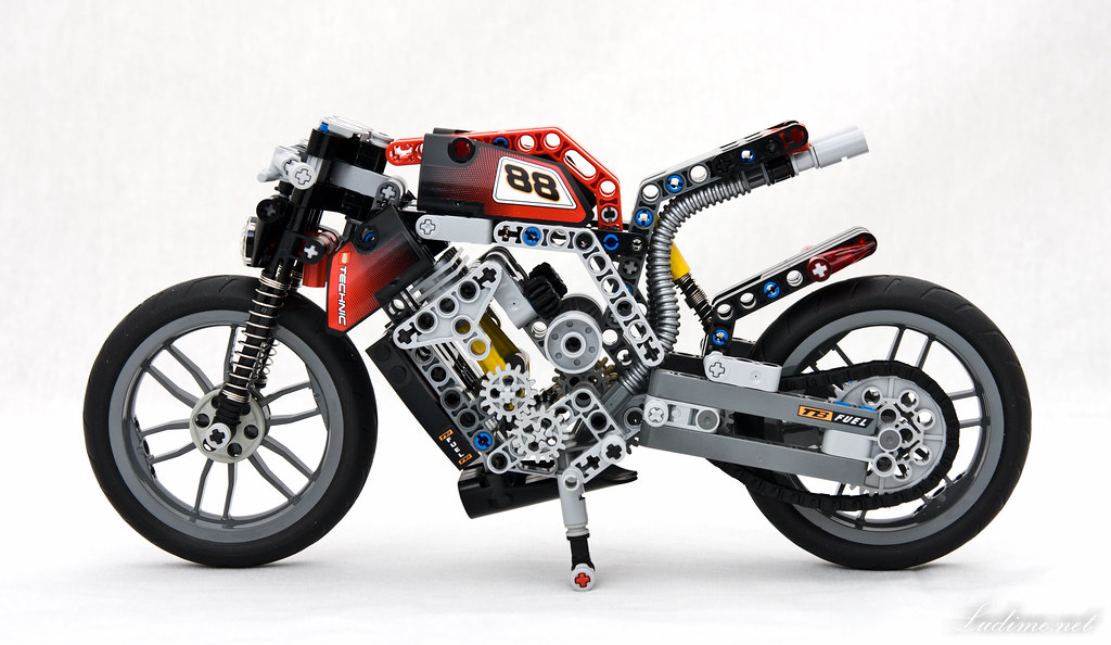 lego technic motorcycles 8051 streetfighter naked version by ludime. Black Bedroom Furniture Sets. Home Design Ideas
