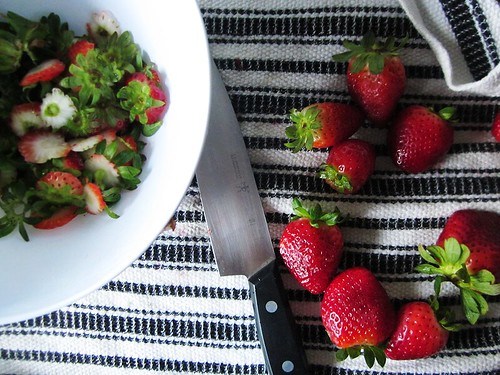 strawberries, put to the knife