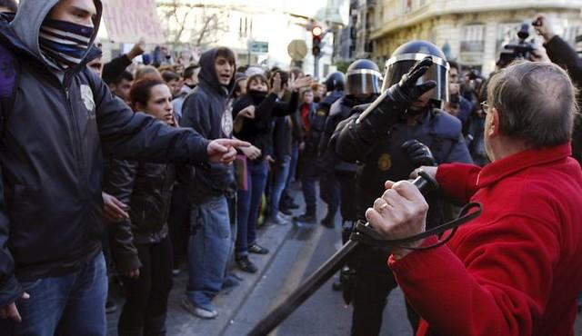 Carregues policials València