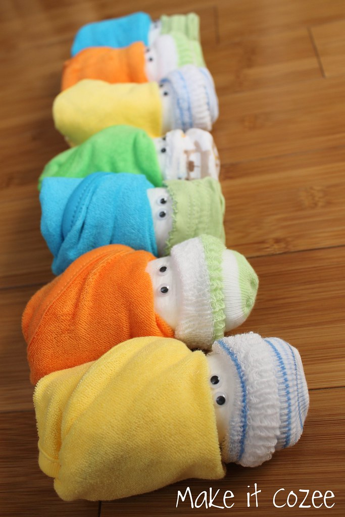 Baby Gift Ideas Using Diapers : Make it cozee baby shower gift diaper babies and