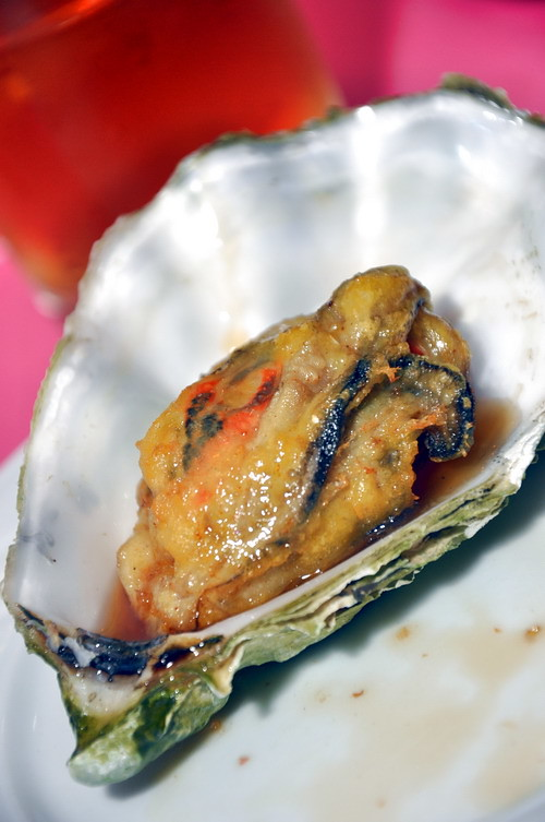 CD Slow Battered Fried Fresh Oyster and Fresh Mussel with Honey Sauce 1