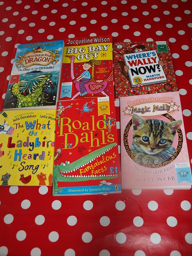 , Books!  We love (free) books!