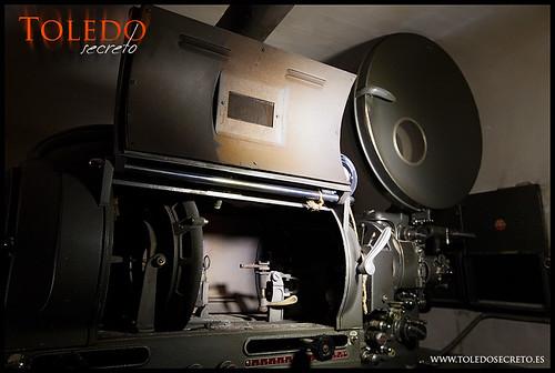Proyector de arco de cine