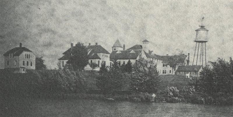 UConn campus 1910