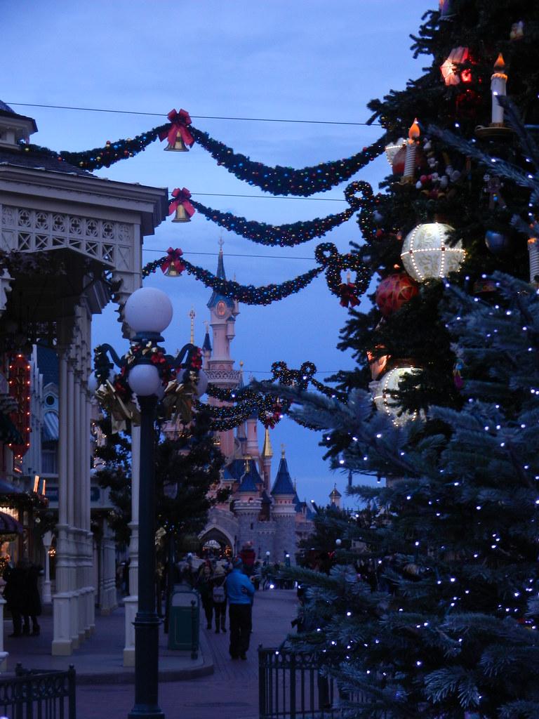 Un séjour pour la Noël à Disneyland et au Royaume d'Arendelle.... - Page 2 13643263123_fefbec2854_b
