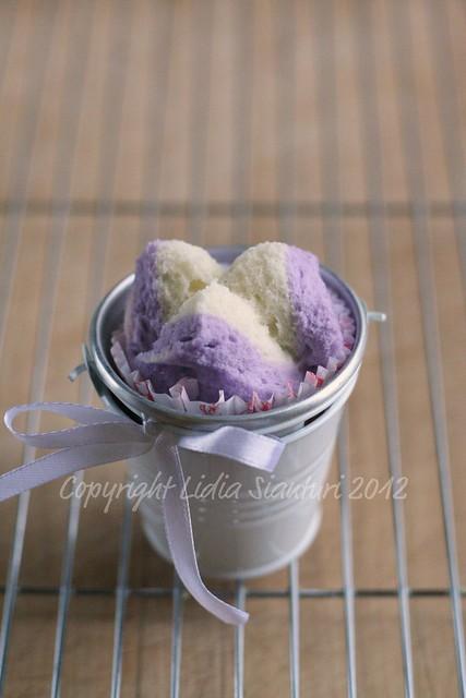 Bolu Kukus (Steamed Cupcake)