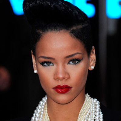 Rihanna attends the UK premiere of 'Inglourious Basterds' at Ode