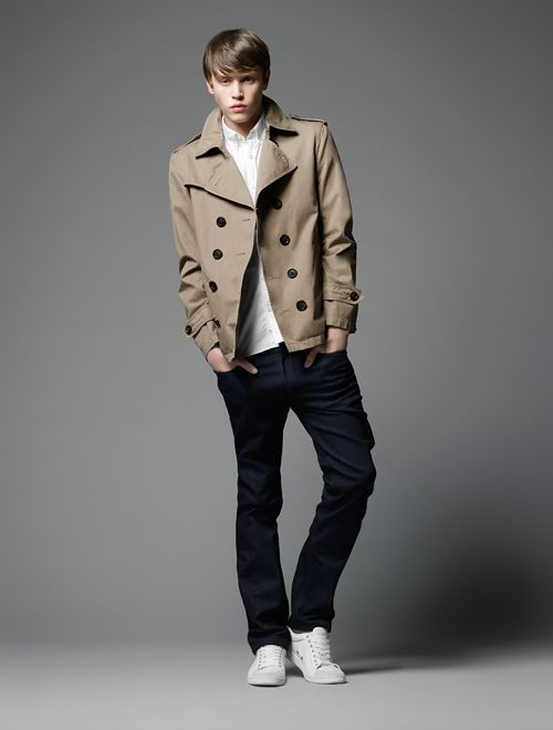 Jake Cooper0101_Burberry Black Label SS12(Official)