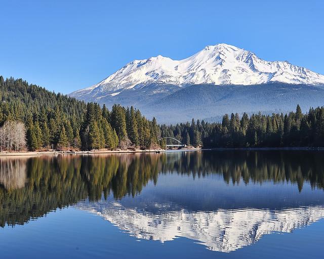 Mount shasta lake siskiyou flickr photo sharing for Lake siskiyou resort cabins