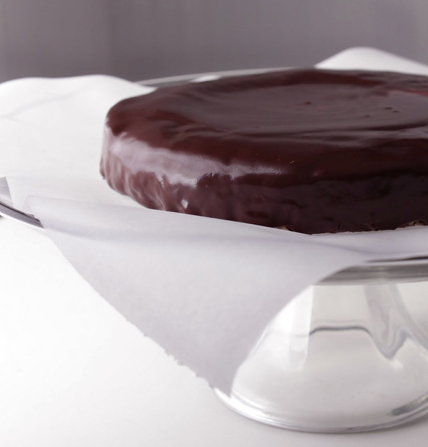 Chocolate Cake with Ganache Glaze