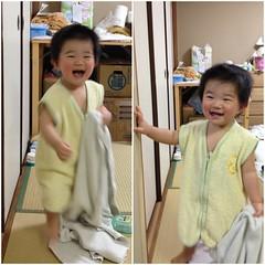 笑いながら逃げる湯上りとらちゃん(2012/3/1)