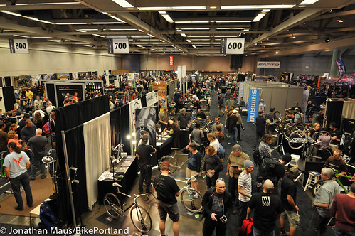 crowds at nahbs-2