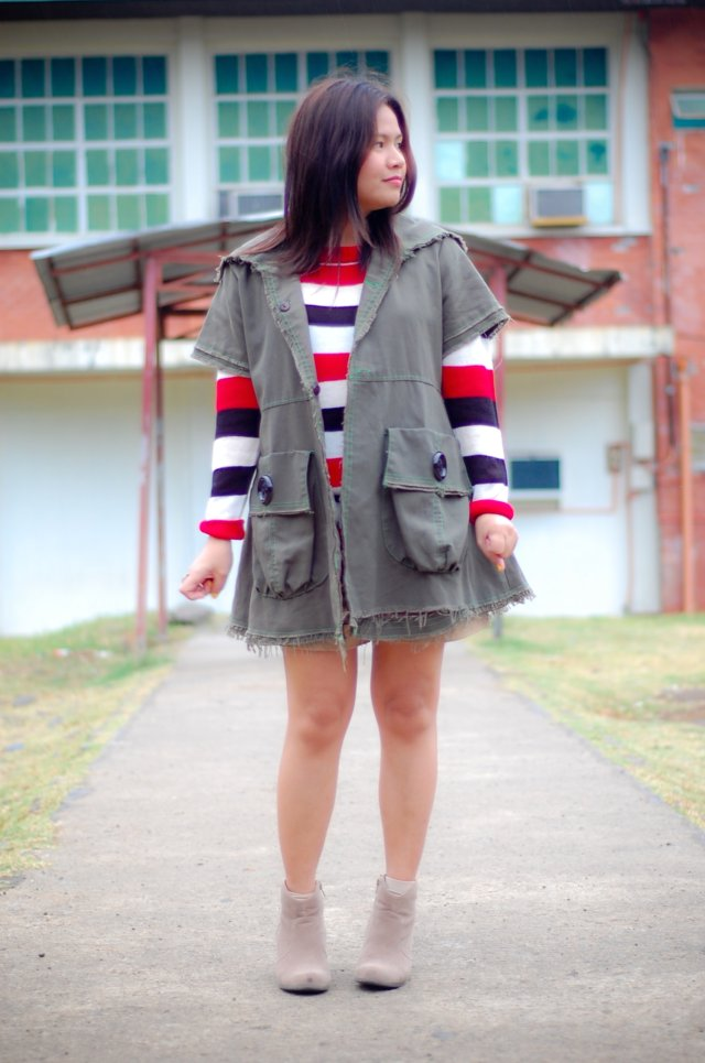 Thrifted Short Sleeve Coat, denise katipunera, pinay filipina fashion blogger, mommy style, style on a budget, colorful bold knit stripe, nude booties