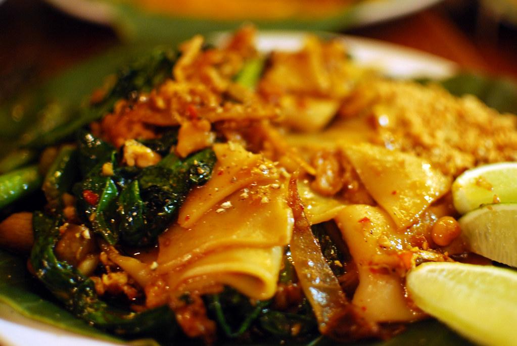 noodles at thai x-ing.