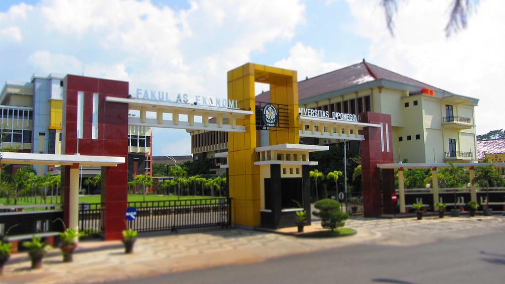 Urutan Universitas Terbaik di Indonesia UNDIP
