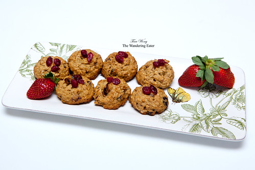 Quinoa, oat, almond, dried cranberries and cherries cookies