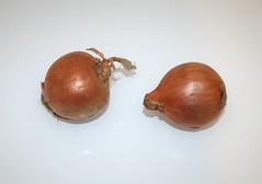02 - Zutat Zwiebeln / Ingredient onions