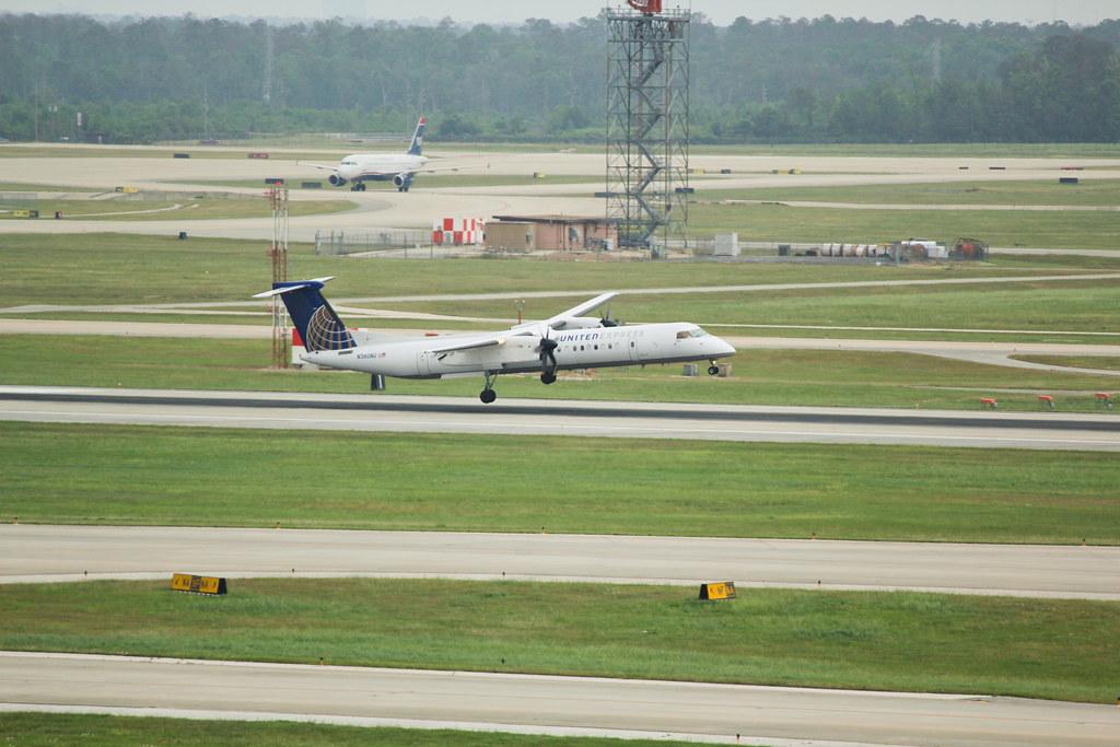 Crosswind Landing - Q400