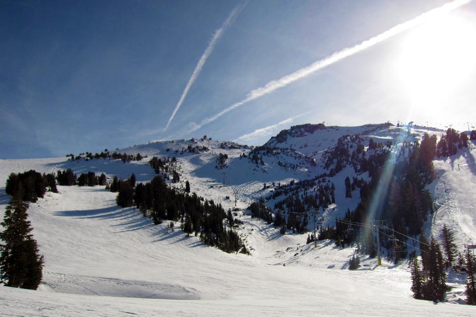 022512_skiing09