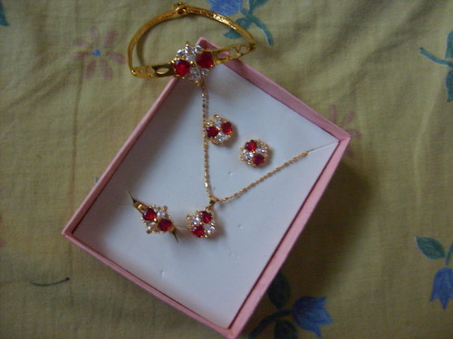 Red and Gold Accessories Jewelry Set