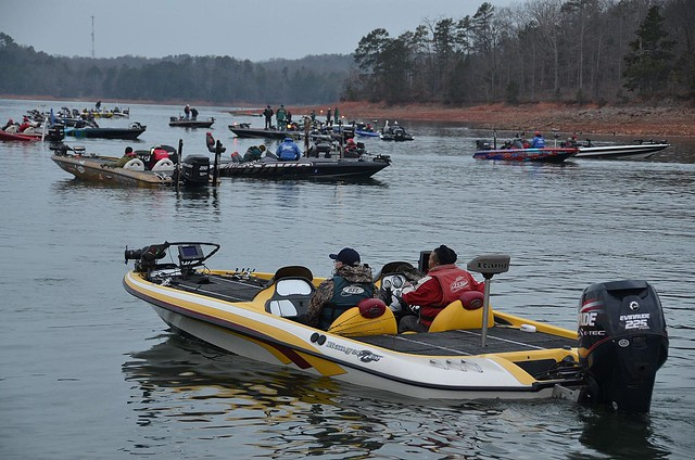 Flw fishing tournament at lake hartwell march 2012 for Fishing lake hartwell