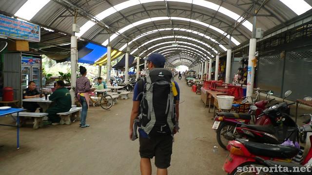 Thai-Cam-Crossing19
