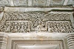 Linteau du sanctuaire (Thommanon, Angkor)