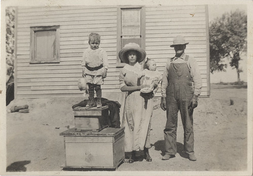 The Farm Family 1914/15 - Small Snapshot - Venture Into the Vernacular *The Family Identified