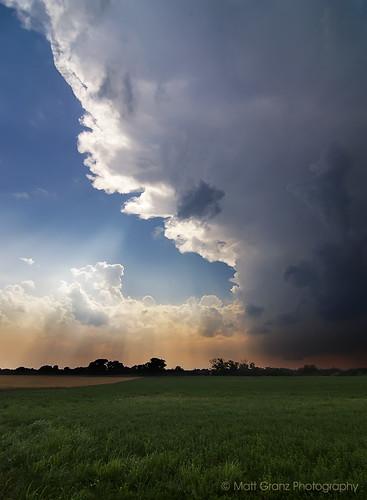 sun storm oklahoma nature weather clouds landscape nikon fingers tokina explore rays 1224mm chasing severe cumulonimbus d90