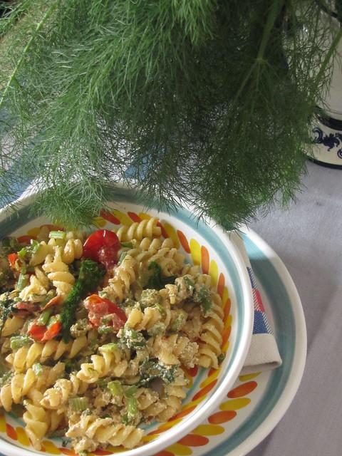 Fusilli all'infusione di Finocchietto Selvatico con Acciughe, Pomodorini e Ricotta Salata