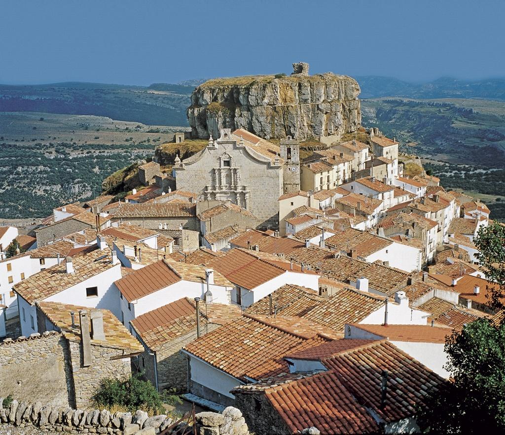 Ares del Maestrat. Autor, Patronato provincial de turismo. Diputación de Castellón.