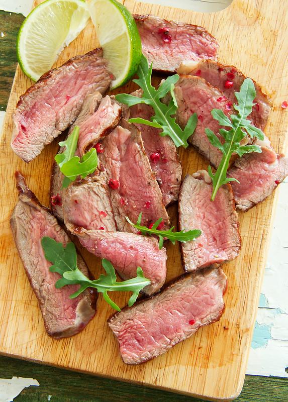 Roast beef, roast beef mignon.