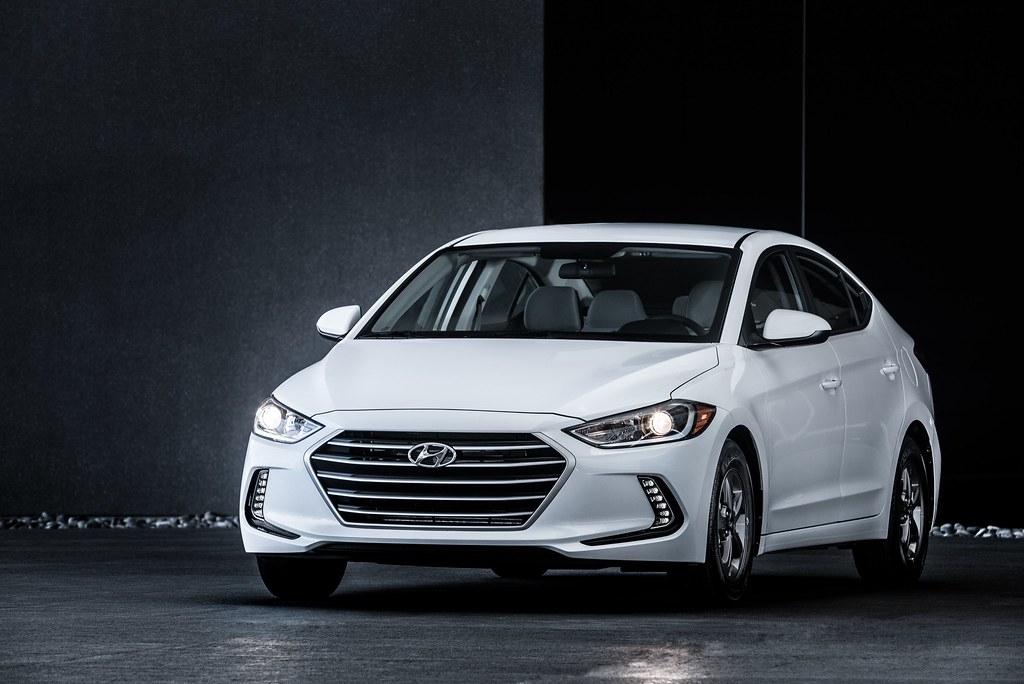 2017 Elantra adds fuel-efficient Eco trim delivering 35 mpg combined and priced at $20,650