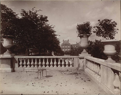 By Eugene Atget, Jardin de Luxembourg
