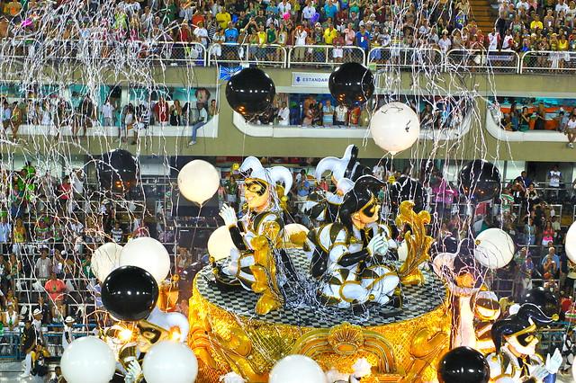 Rio's Carnival: Sao Clemente8