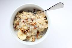 coconut(0.0), ice cream(0.0), apple crisp(0.0), produce(0.0), muesli(0.0), cereal(0.0), snack food(0.0), breakfast cereal(1.0), meal(1.0), breakfast(1.0), food(1.0), dish(1.0), dessert(1.0), cuisine(1.0),