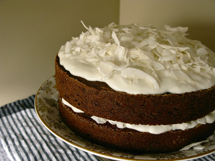 carrot coconut cake 005