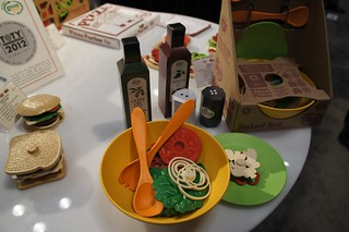 Green Toys Salad Set - so cool!