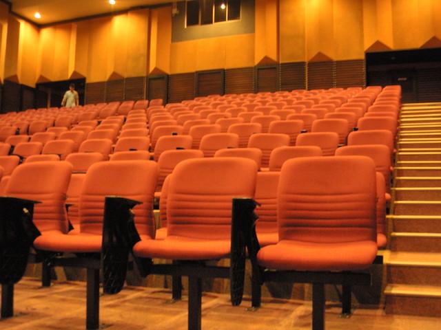 2012 - 02 - 11 古来佛学会 - 演讲:把爱带回家