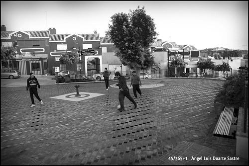 45/365+1   Nuevos usos: Plaza (de la que fue) la Cruz by Ángel L. Duarte