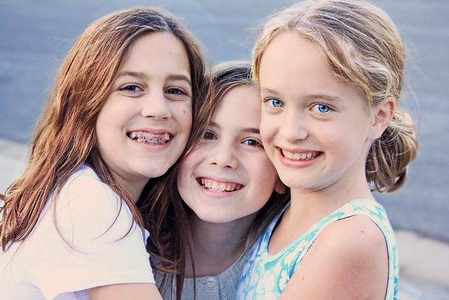 alysse, chelsea, tori--4th grade