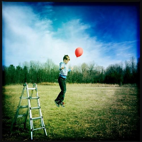 哎呀,几乎错过了红色气球会议的最后一个补充。好的,现在我已经完成了!