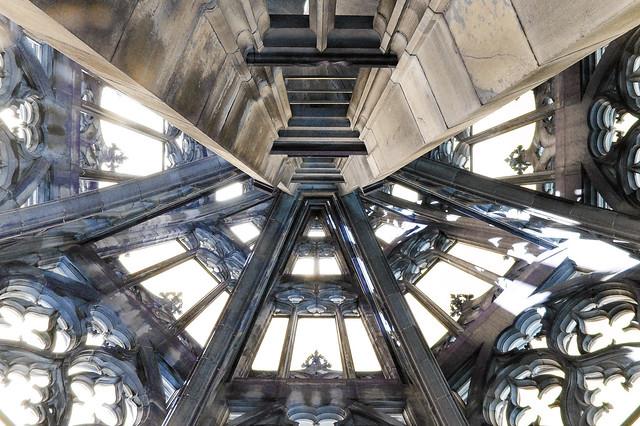 Vista interior de la Catedral de Ulm, Alemania.